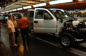 General Motors GMT800 car assemly line