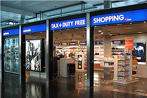 A typical duty-free store, at Zürich Airport
