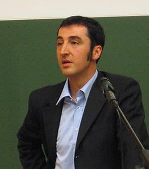Cem Özdemir bei einem Gastvortrag an einem aka...