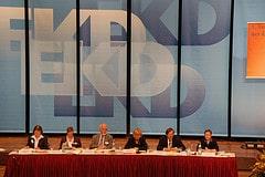 Das  Präsidium der EKD-Synode vor der Wahl