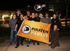 Piraten vor SHZ-Gebäude
