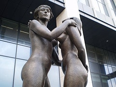 Sculpture Female Nudes Embracing 5 - Finance T...