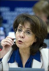 Maria Damanaki making her point to MEPs during...