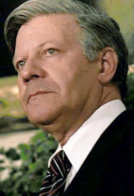 Close up of German Chancellor Helmut Schmidt, ...
