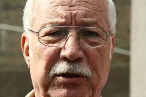 """Duisburger Alt-OB Heinz Pletziger (CDU): """"Die vergasten Juden waren doch keine Deutschen"""""""