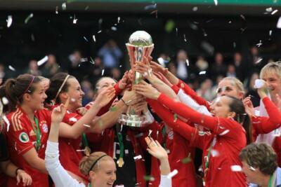 Pokalsieger Bayern München - Foto: Thomas Rodenbücher