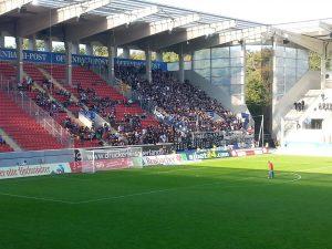 Zahlreiche Fans des SV Waldhof Mannheim machten sich am Sonntag auf dem Weg nach Offenbach, um ihr Team zu unterstützen.