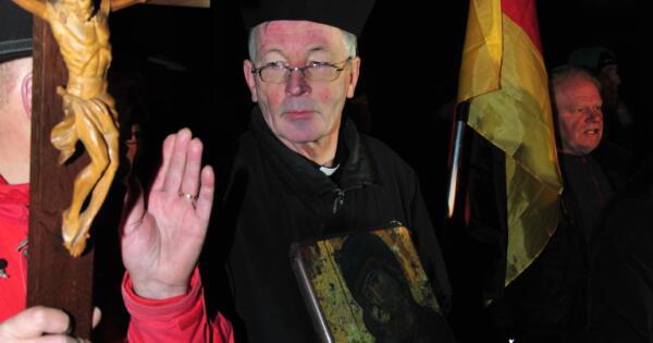 Emmericher Pfarrer Paul Spätling - Foto: Stefan Meiners