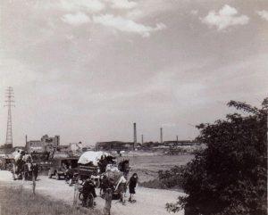 1945 (9)