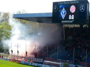 Die Zuschauer sorgten Sonntagnachmittag für eine herrliche Kulisse im Carl-Benz Stadion Mannheim