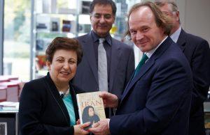 Professor Raimund Stecker mit Shirin Ebadi - Foto Christoph Müller-Girod www.cmgmedia.de