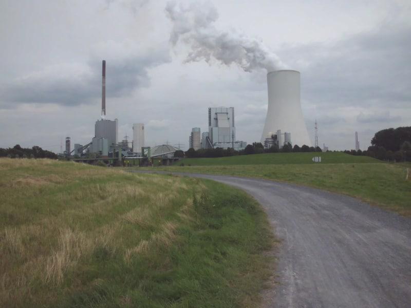 Damm 5 mit Kraftwerk im Süden - (c) Reinhard Matern