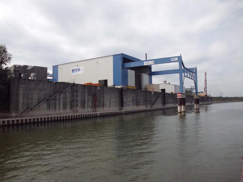 Außenhafen 7 - (c) Reinhard Matern