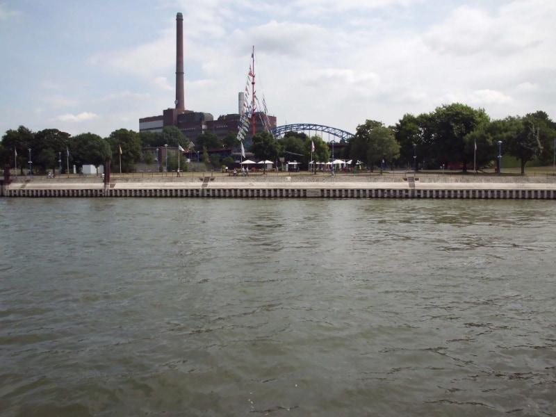 Ruhrorter Festplatz - (c) Reinhard Matern