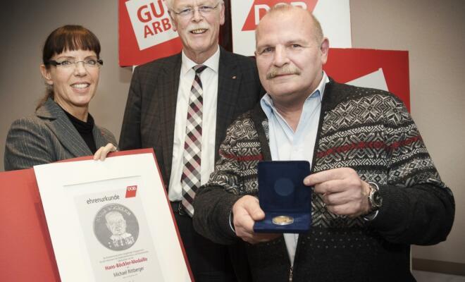Angelika Wagner (Geschäftsführerin DGB-Region Niederrhein), Andreas Meyer-Lauber (Vorsitzender DGB NRW) und Michael Rittberger