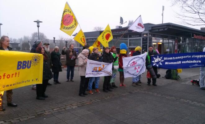 Mahnwache gegen Urantransporte, Bahnhof Gronau, 19.02.2017
