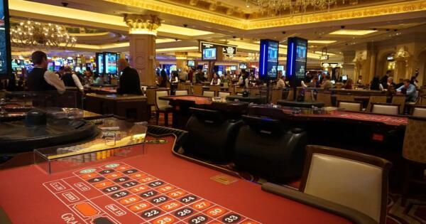 acameronhuff Roulette at the Venetian Casino via photopin (license)