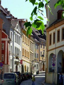 Die glänzenden Fassaden täuschen über den Frust hinweg: In Sachsen wurde die AfD stärkste Partei, noch vor der CDU.
